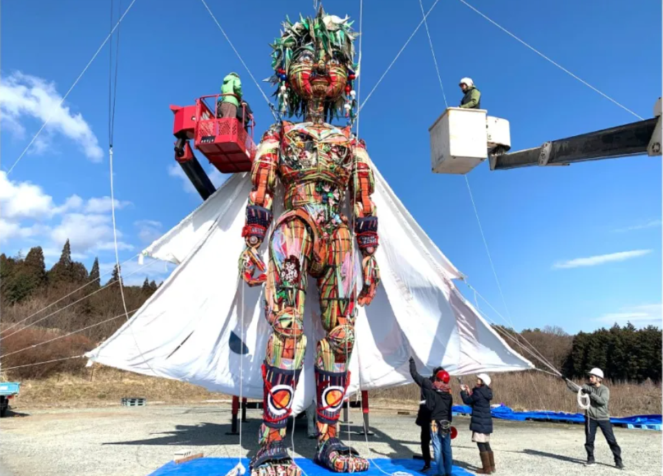 Giant puppet MOCCO unveiled for Tokyo 2020 Nippon Festival