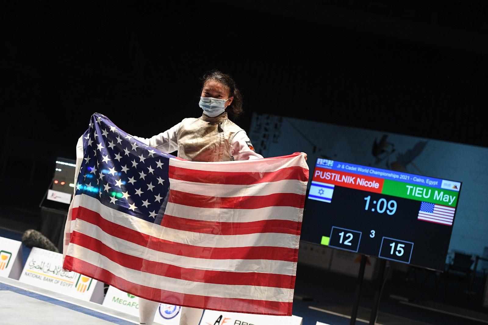May Tieu won the women's junior foil title today in Cairo ©Bizzi/FIE