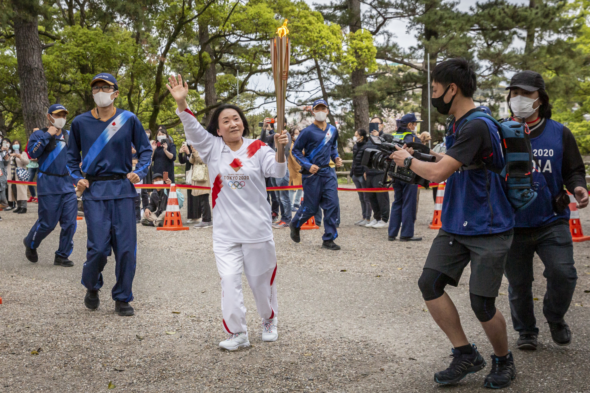 Osaka Governor calls off Olympic Torch Relay leg on public roads due to COVID-19
