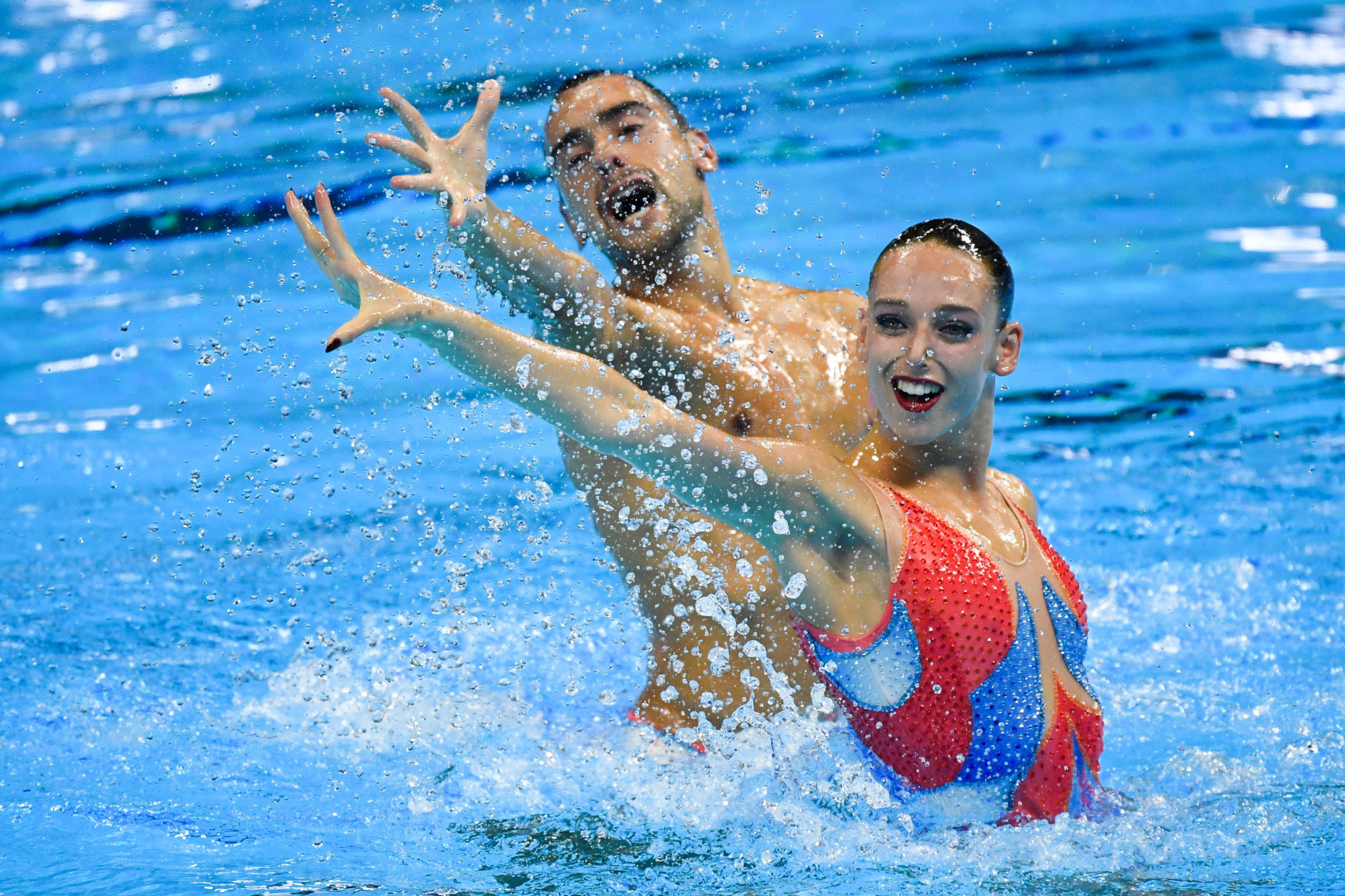 Spanish pair Emma Garcia and Pau Ribes will hope to star at the Artistic Swimming World Series leg in Budapest ©Getty Images