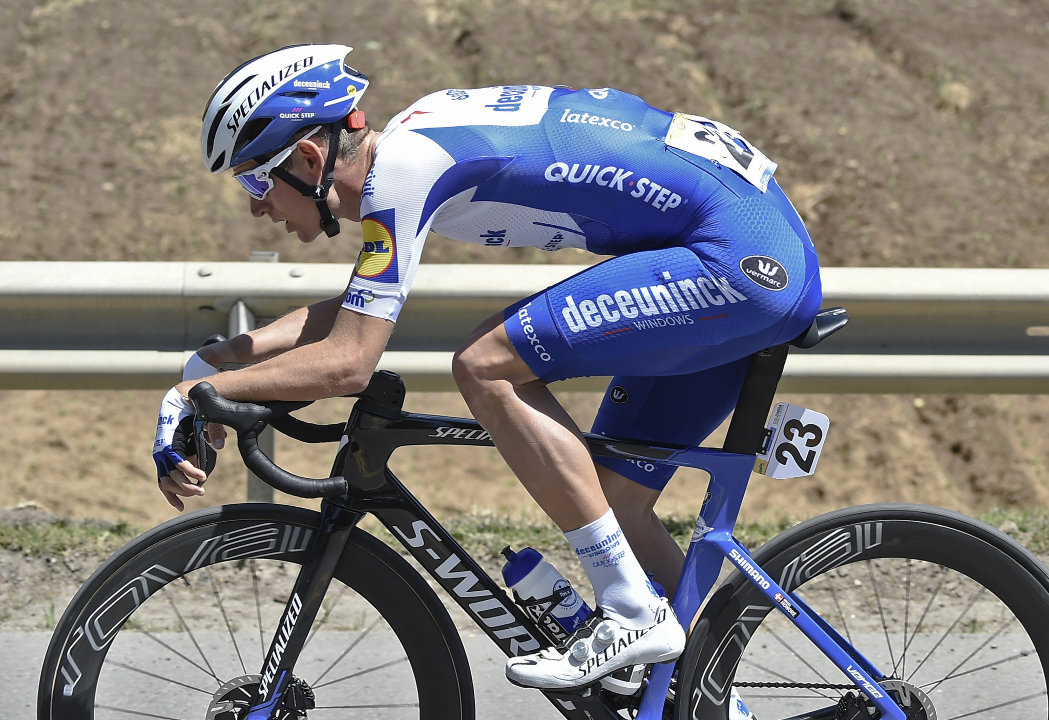 Deceuninck-QuickStep enjoy one-two on fifth stage of Tour of the Basque Country