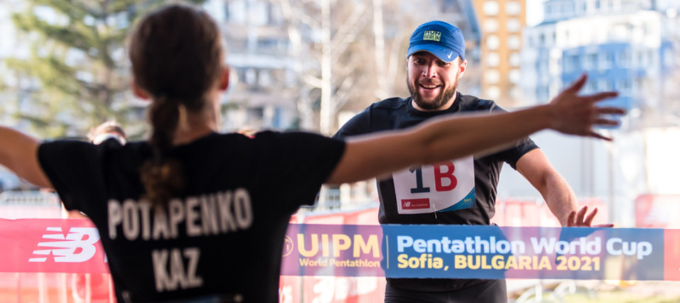 Kazakhstan's Elena Potapenko and Vladislav Michshenko earned a clear victory in the mixed relay that concluded the International Modern Pentathlon Union World Cup in Sofia ©UIPM