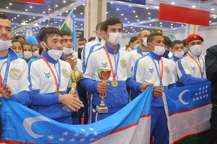 Uzbek athletes and coaches will earn financial rewards for their success at the World Sambo Championships in Novi Sad last November ©FIAS