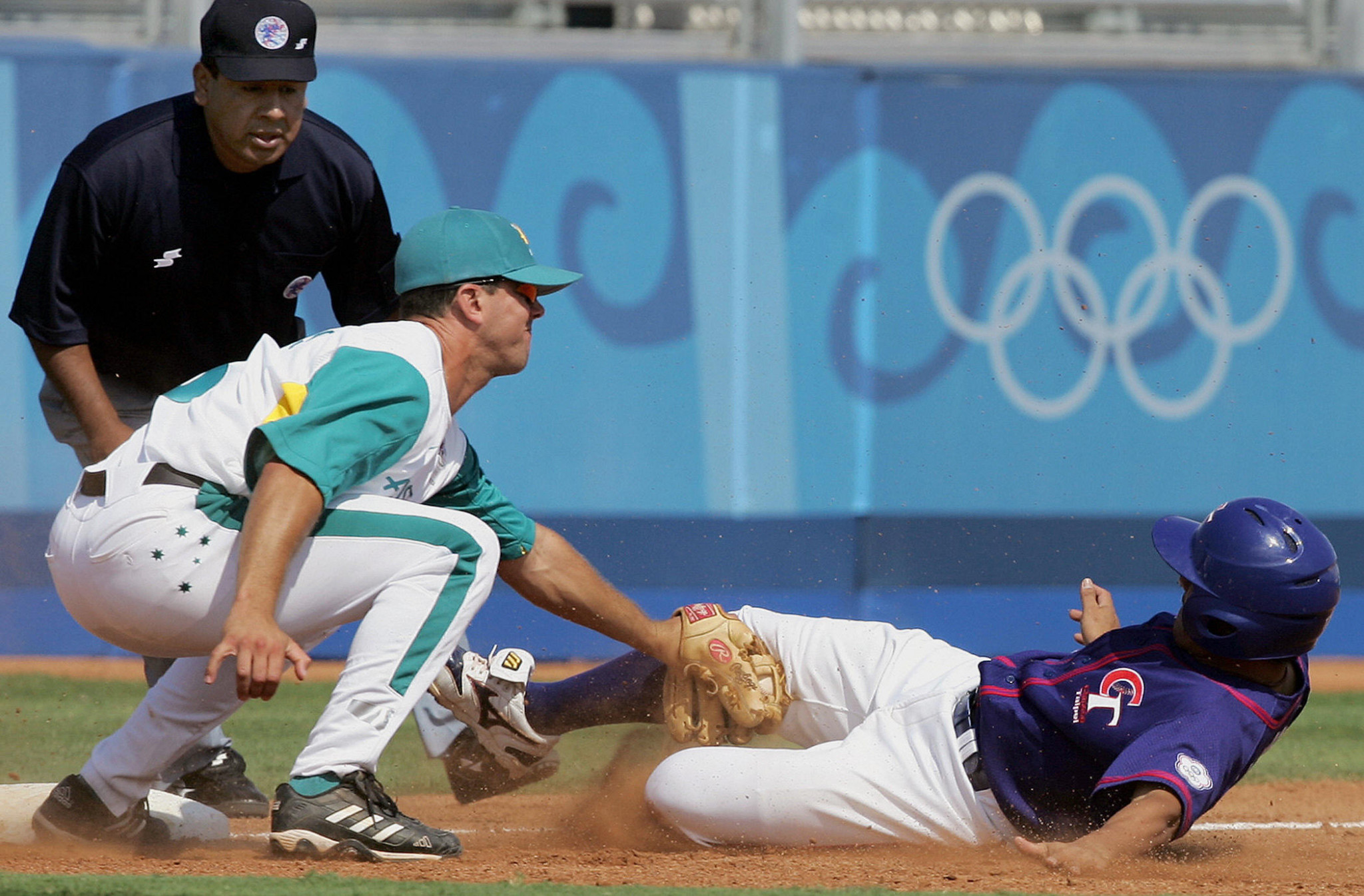 Former third baseman Glenn Williams helped Australia clinch silver at Athens 2004 ©Getty Images