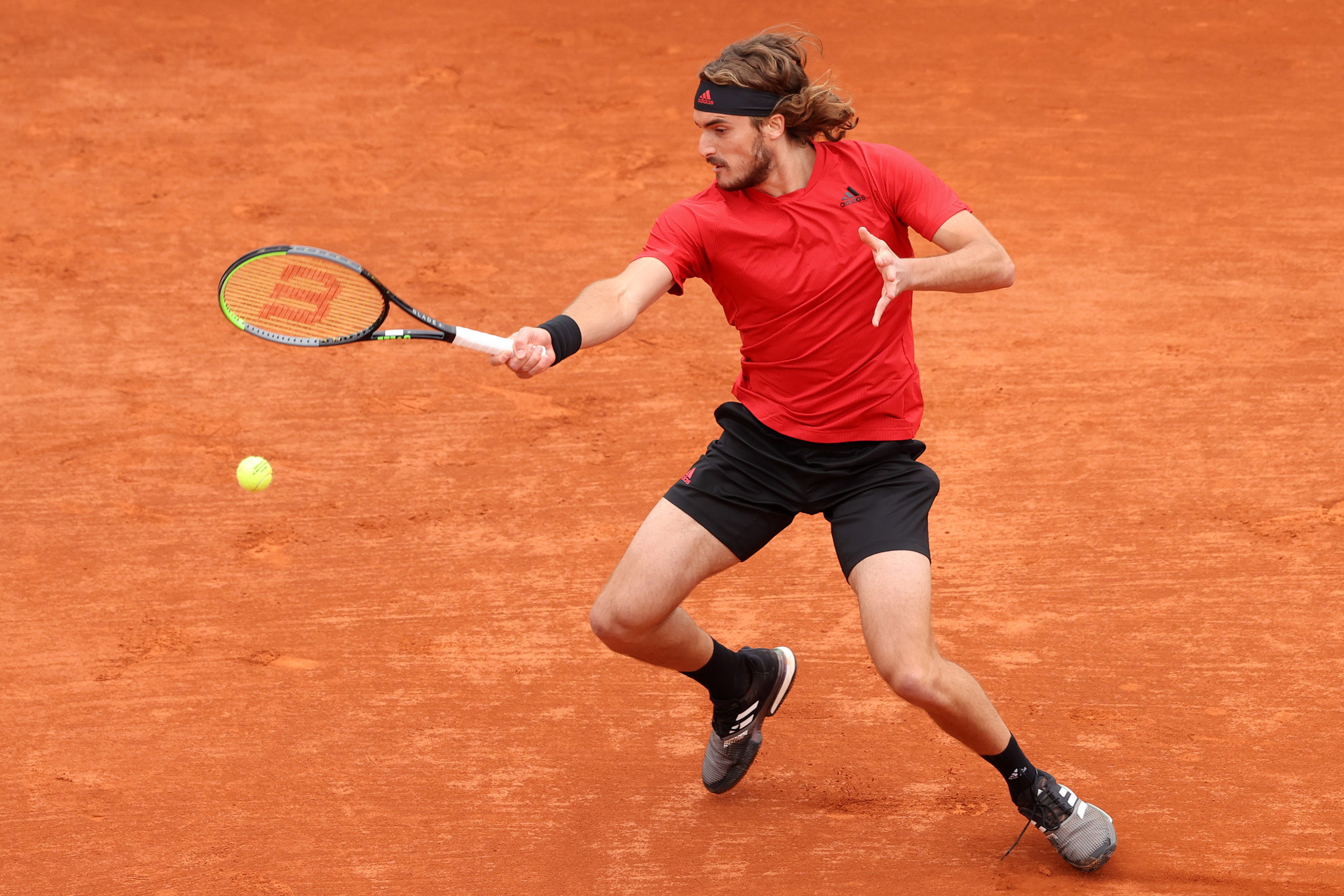 Stefanos Tsitsipas took just over an hour to beat Dan Evans and reach the final of the Monte-Carlo Masters ©Getty Images