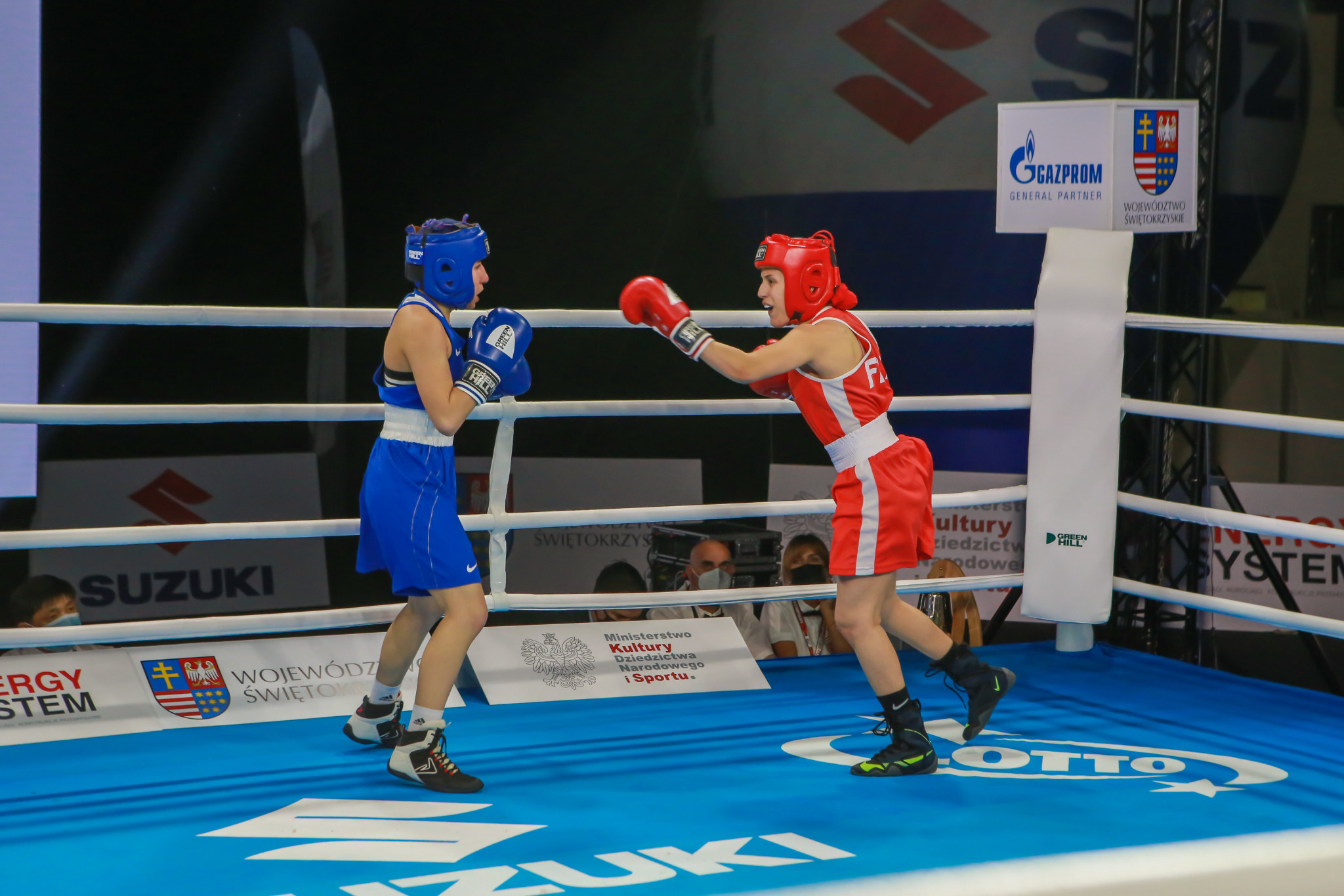 Quarter and semi-final line-ups take shape as Youth World Boxing Championships continue