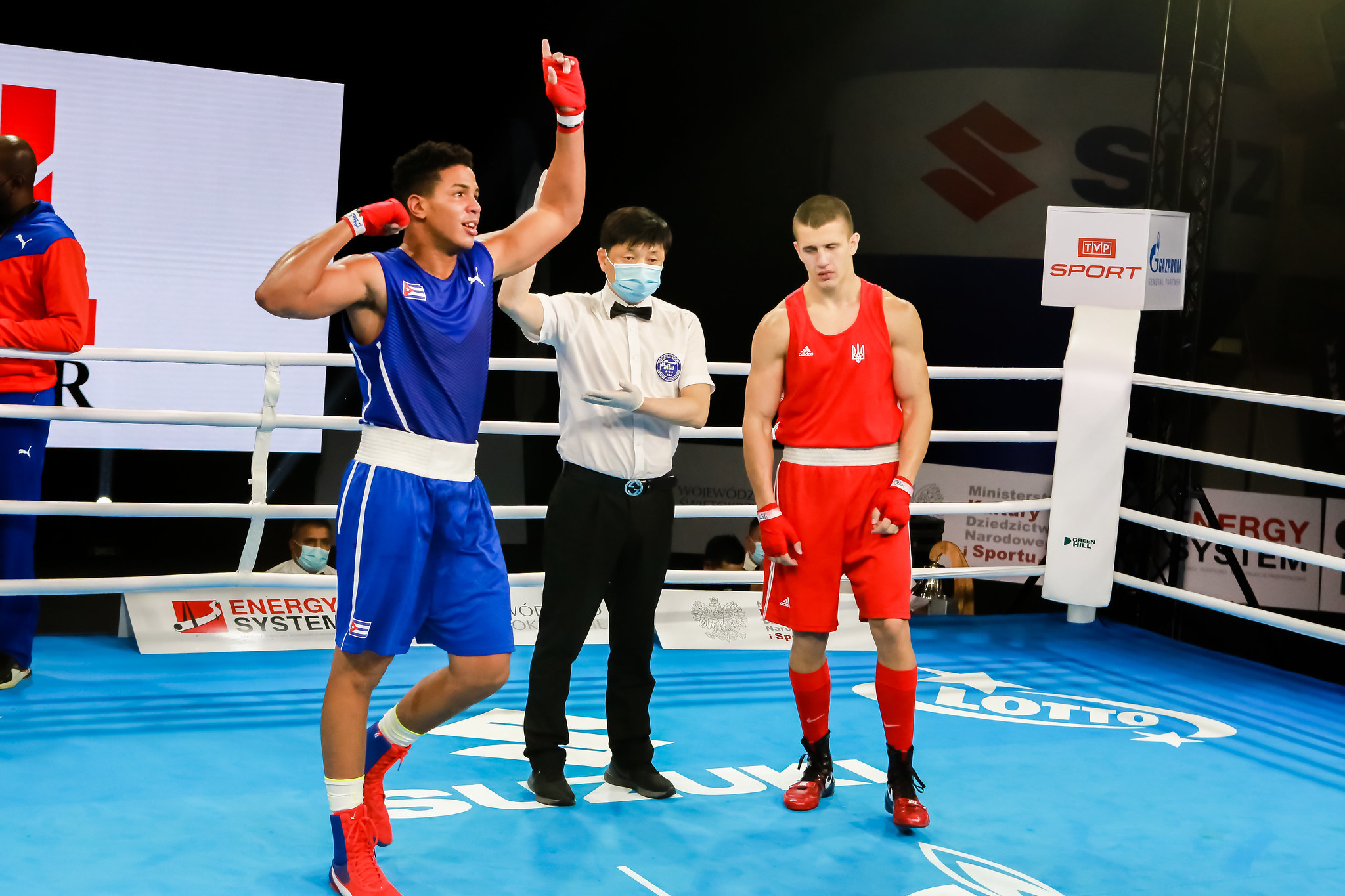 Cuban Jorge Luis Felimon Lobaina, in blue, joined Gupta in the men's heavyweight semi-finals, and they could clash for the gold medal ©AIBA