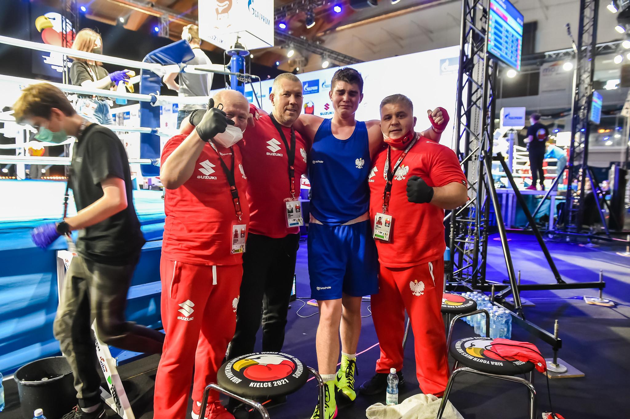 Gupta instead faces home fighter Jakub Straszewski, in blue, next, with Straszewski emotial after securing a medal ©AIBA