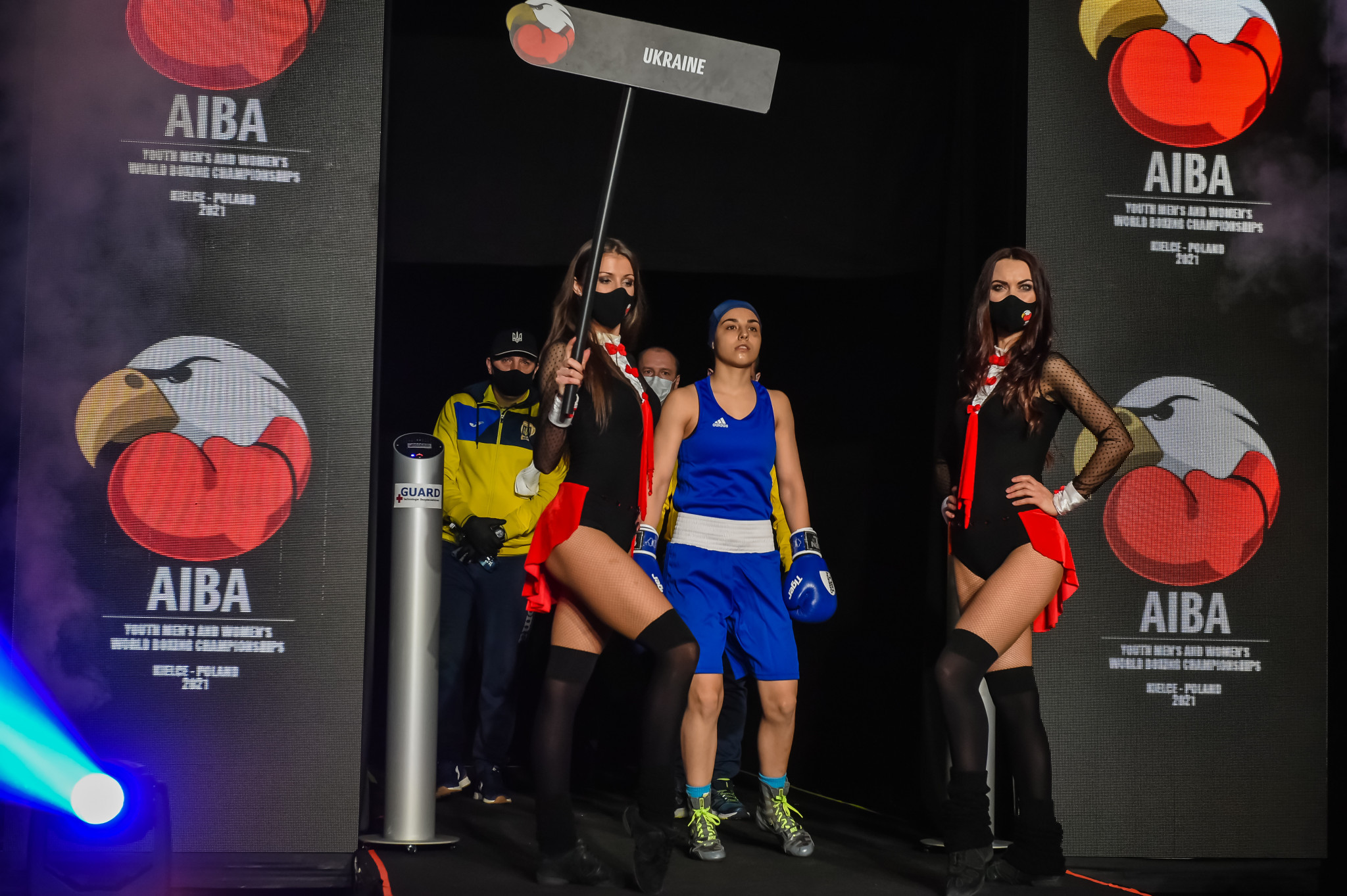 Khrystyna Lakiichuk of Ukraine enters the ring for the women's bantamweight final ©AIBA