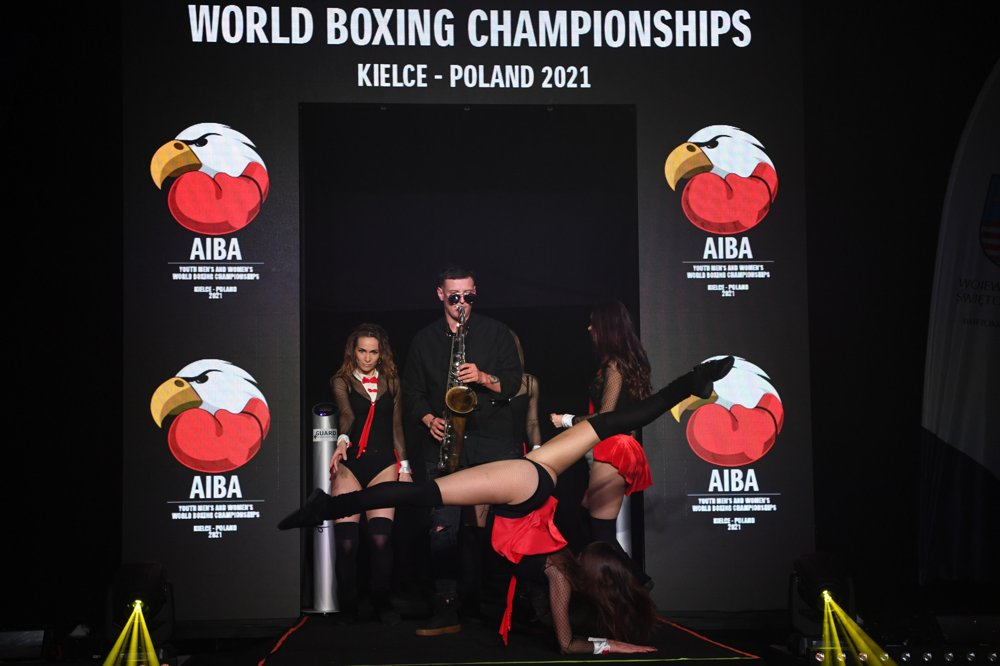Musicians and dancers provided entertainment in Kielce alongside the fights ©AIBA