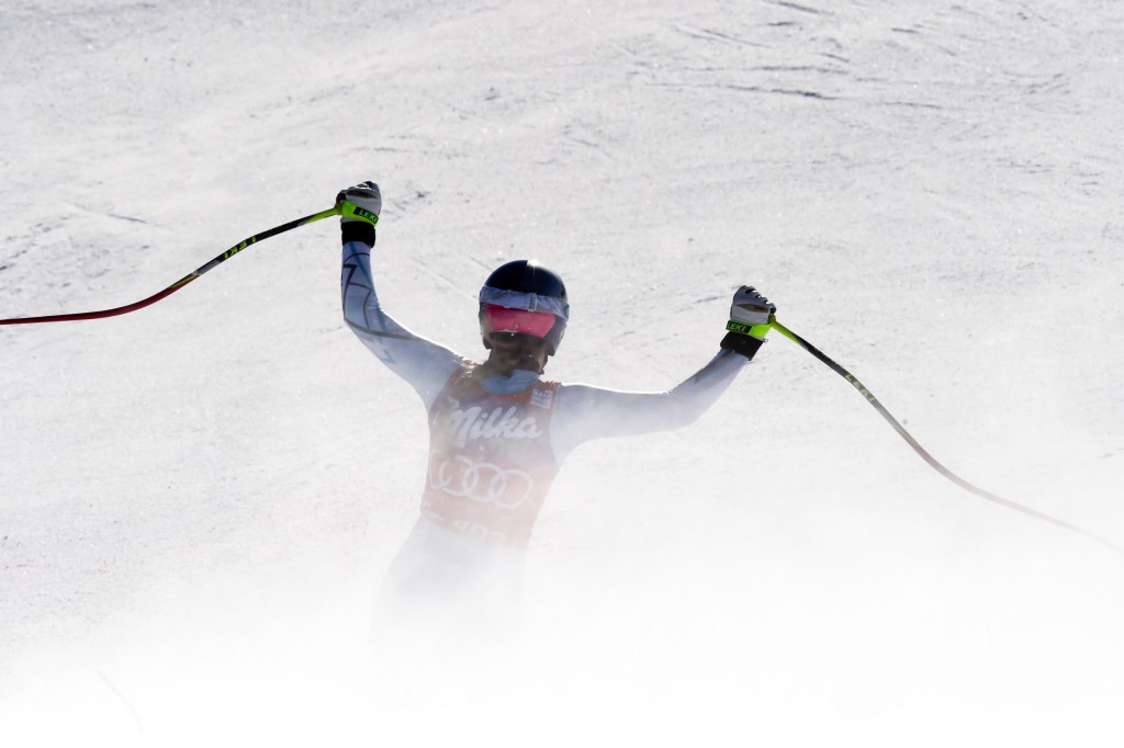 Vonn breaks record for overall downhill World Cup wins with latest Cortina d'Ampezzo triumph