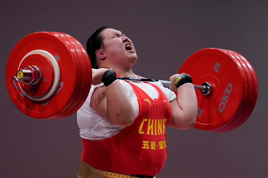 Li Wenwen world records make her hottest favourite for weightlifting gold at Tokyo 2020