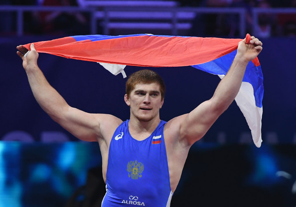 Double world champion Evloev clinches Russian sweep at European Wrestling Championships