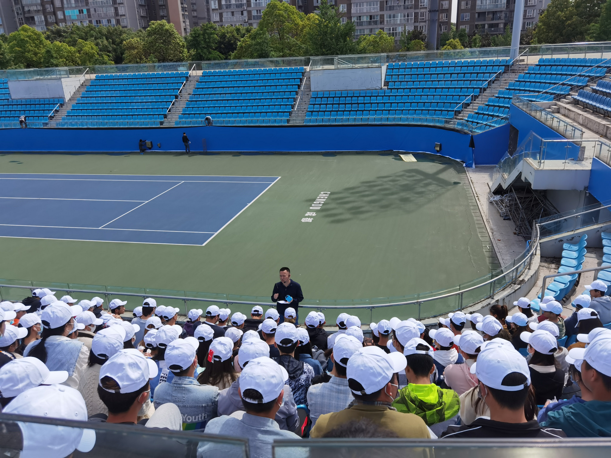 Chengdu 2021 volunteers appear for first time at local tennis event