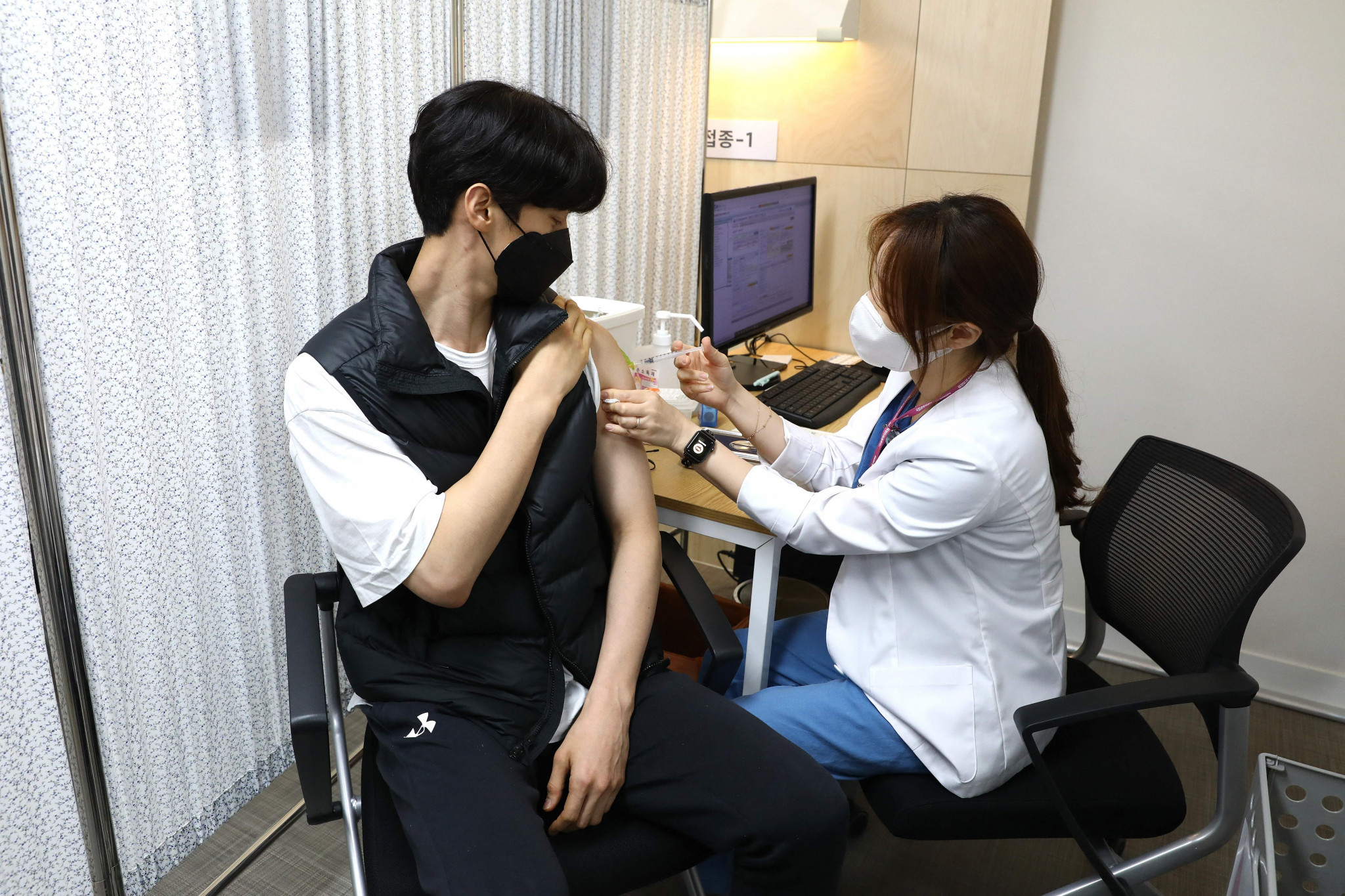South Korea begins vaccinating athletes against COVID-19 ahead of Tokyo 2020