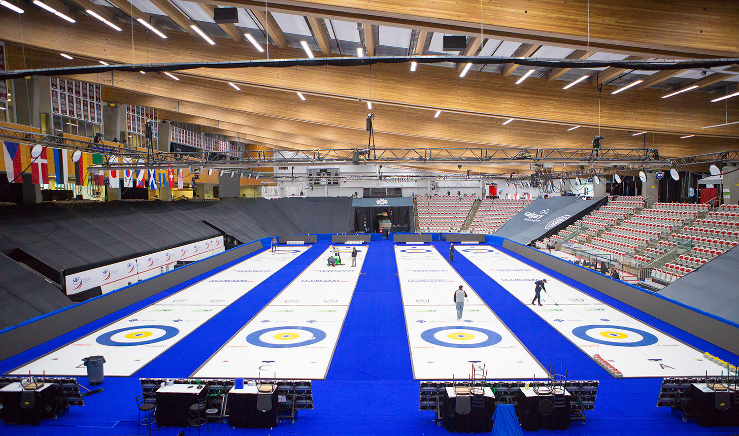 Session postponed at World Women's Curling Championship after positive coronavirus cases among broadcasters