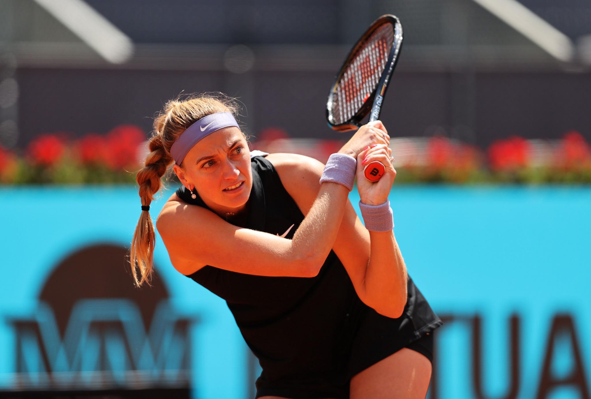 Kvitová on track for fourth Madrid Open title after passing last-16 test