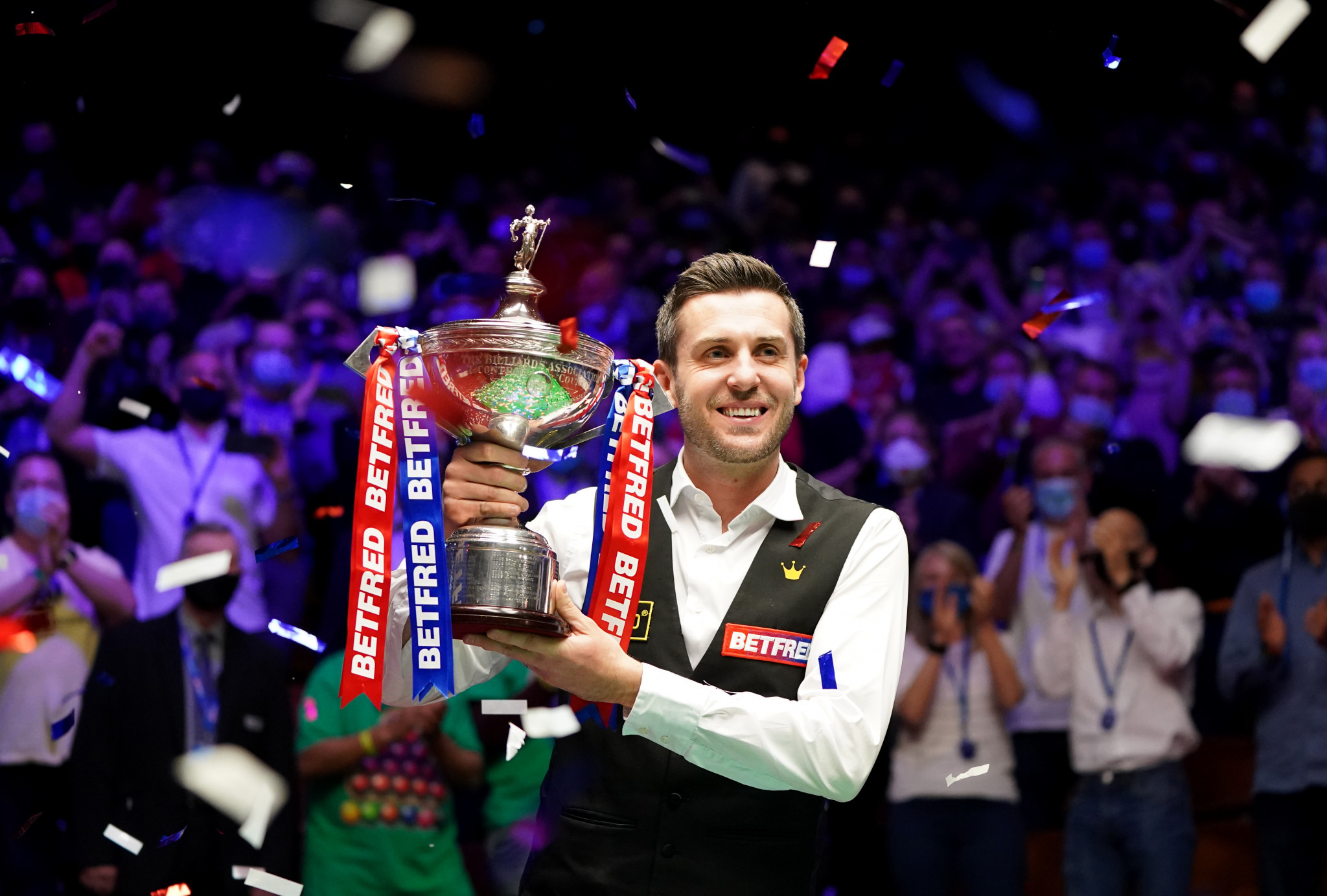 Selby defeats Murphy to win fourth World Snooker Championship