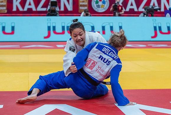 Abe and Tonaki get Japan off to golden start at IJF Kazan Grand Slam