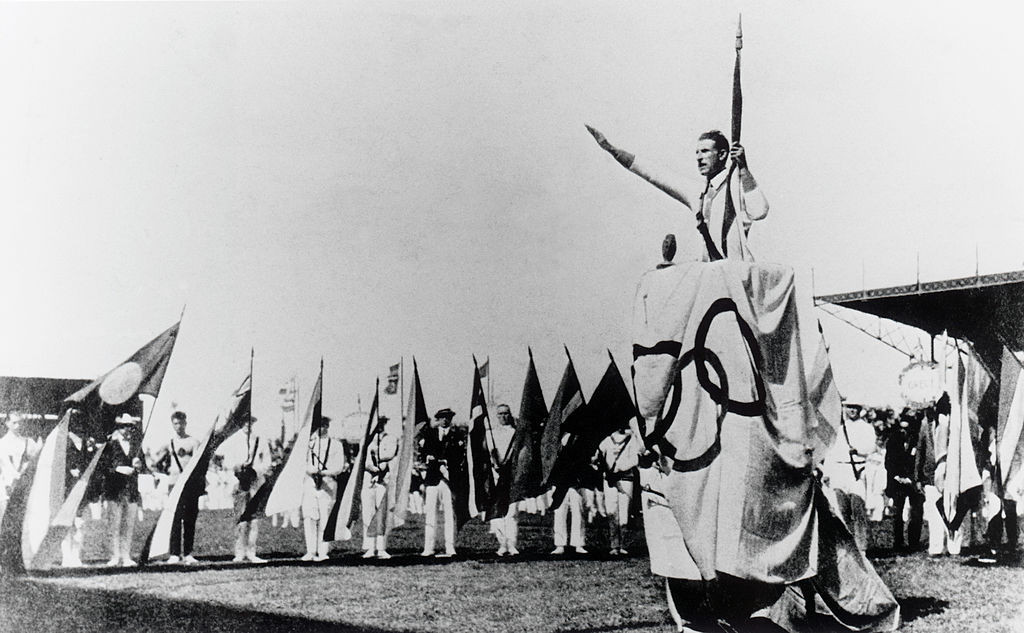 An Olympic salute was common at Opening Ceremonies in the first half of the 20th century ©Getty Images