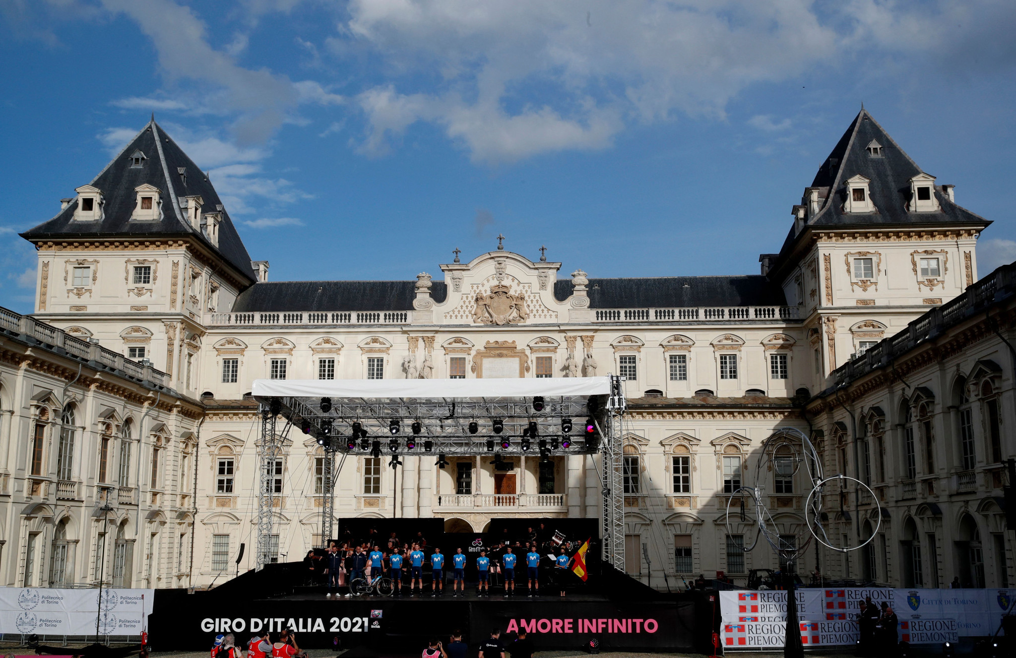 Bernal and Yates among favourites with Giro d'Italia set to begin in Turin