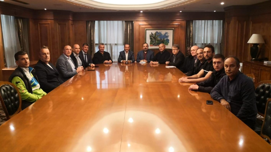 Istvan Kovacs, AIBA secretary general, has told leaders of national boxing federations that the staging of the Men's World Boxing Championships in Belgrade this year will
