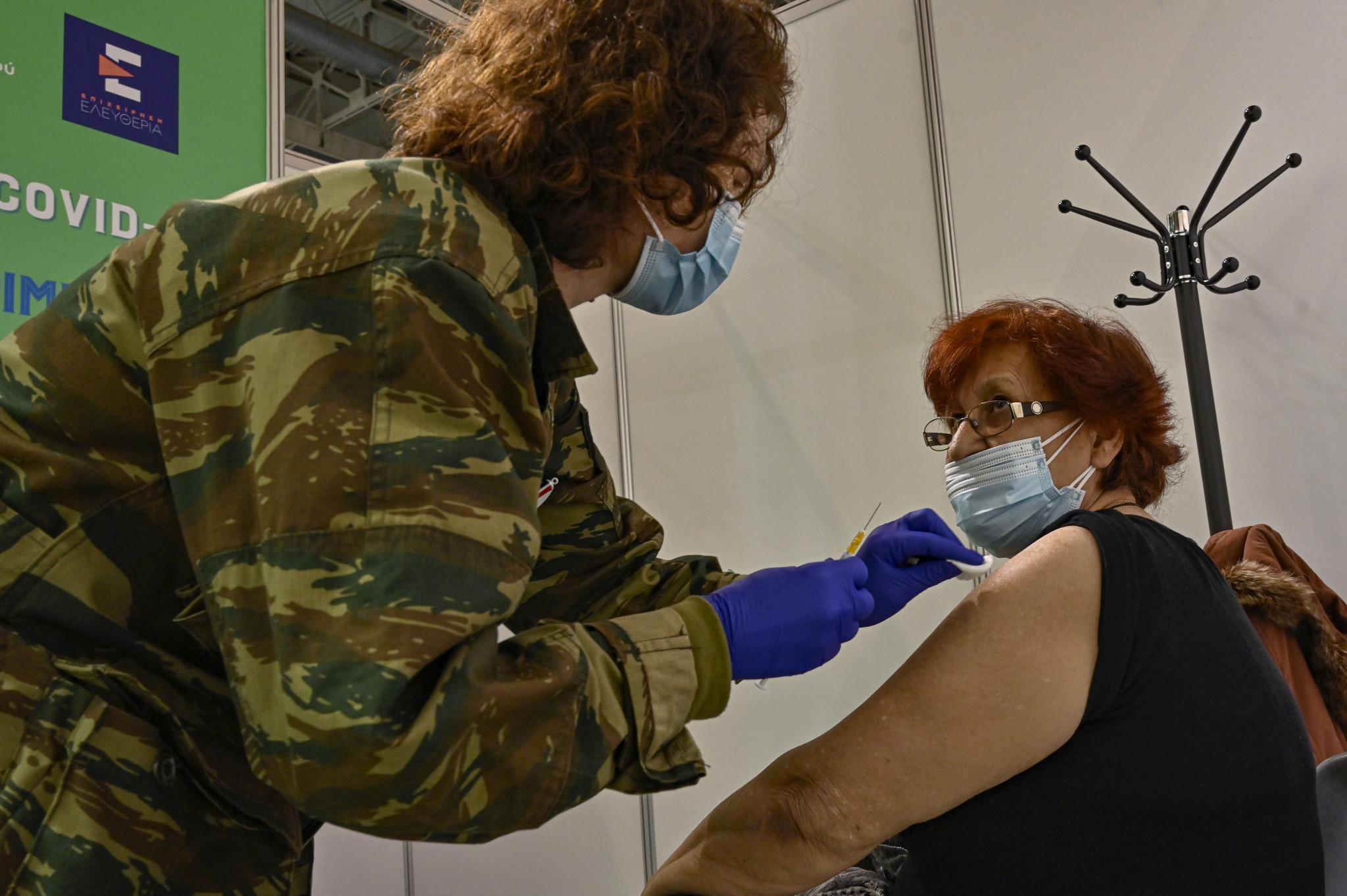 Περισσότερο από το 12% των Ελλήνων εμβολιάζονται πλήρως κατά του COVID-19 © Getty Images