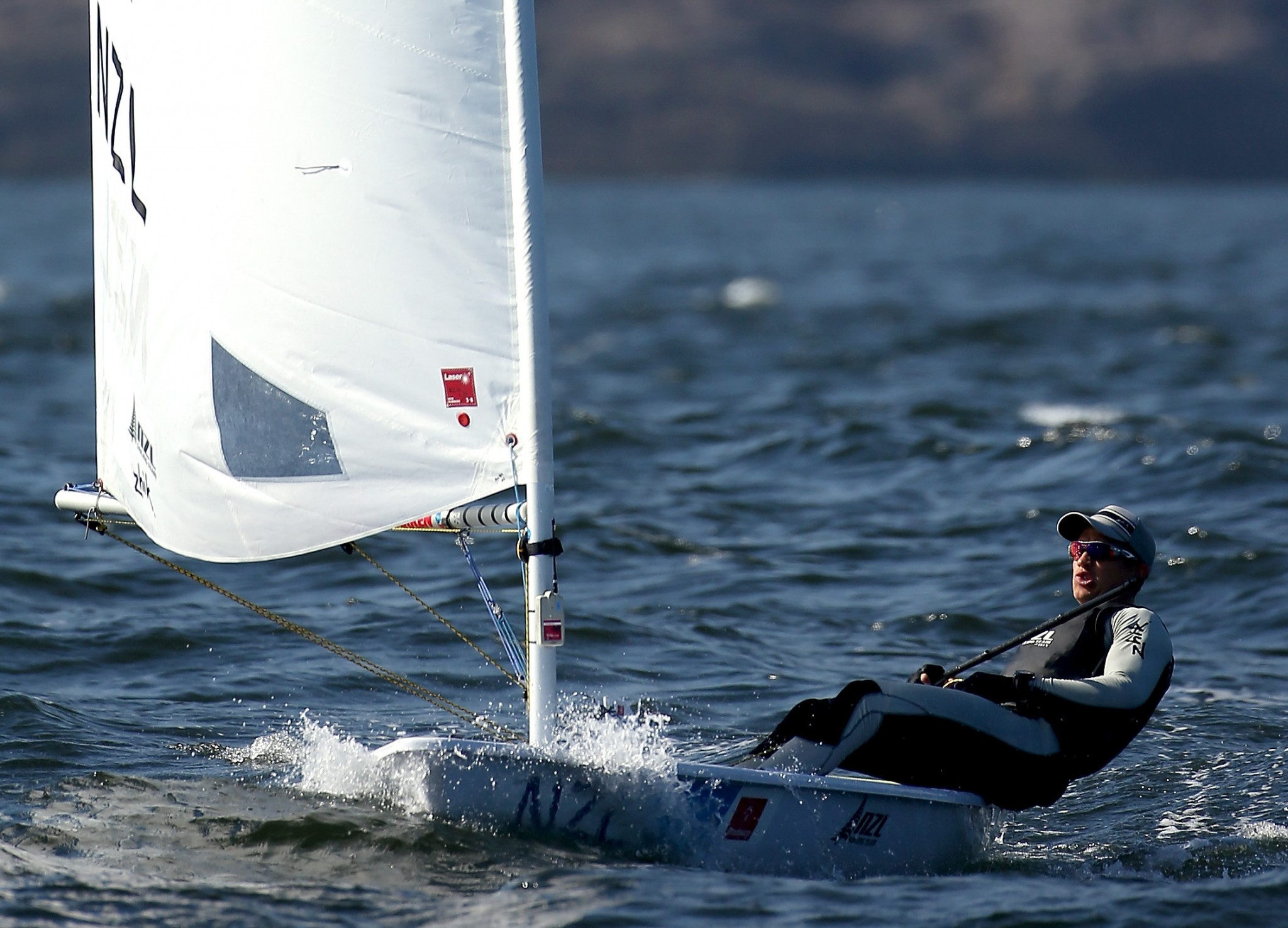 Maloney wins Finn Gold Cup after losing and regaining lead on dramatic final day in Porto