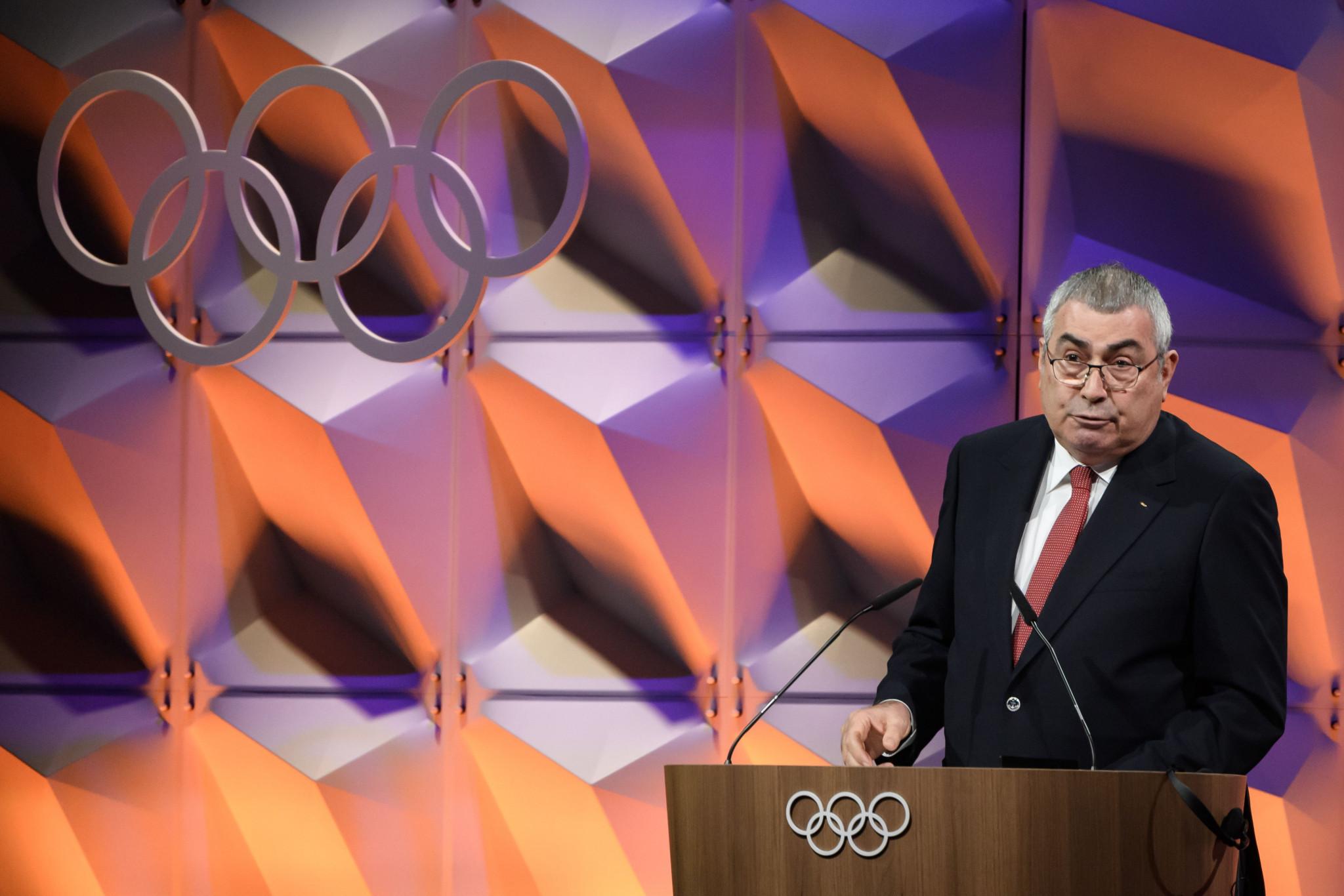 El presidente mundial de tiro con arco, Uğur Erdener, agradeció a la NFAA por asumir el papel de anfitrión de las finales de la Copa del Mundo © Getty Images