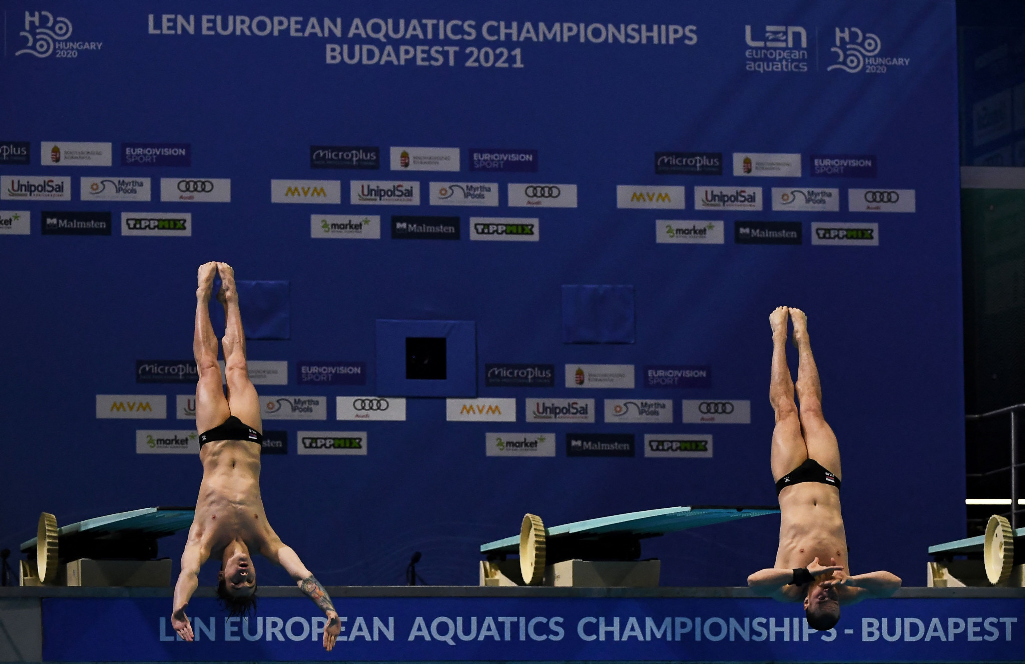 Russia claim four more golds at European Aquatics Championships