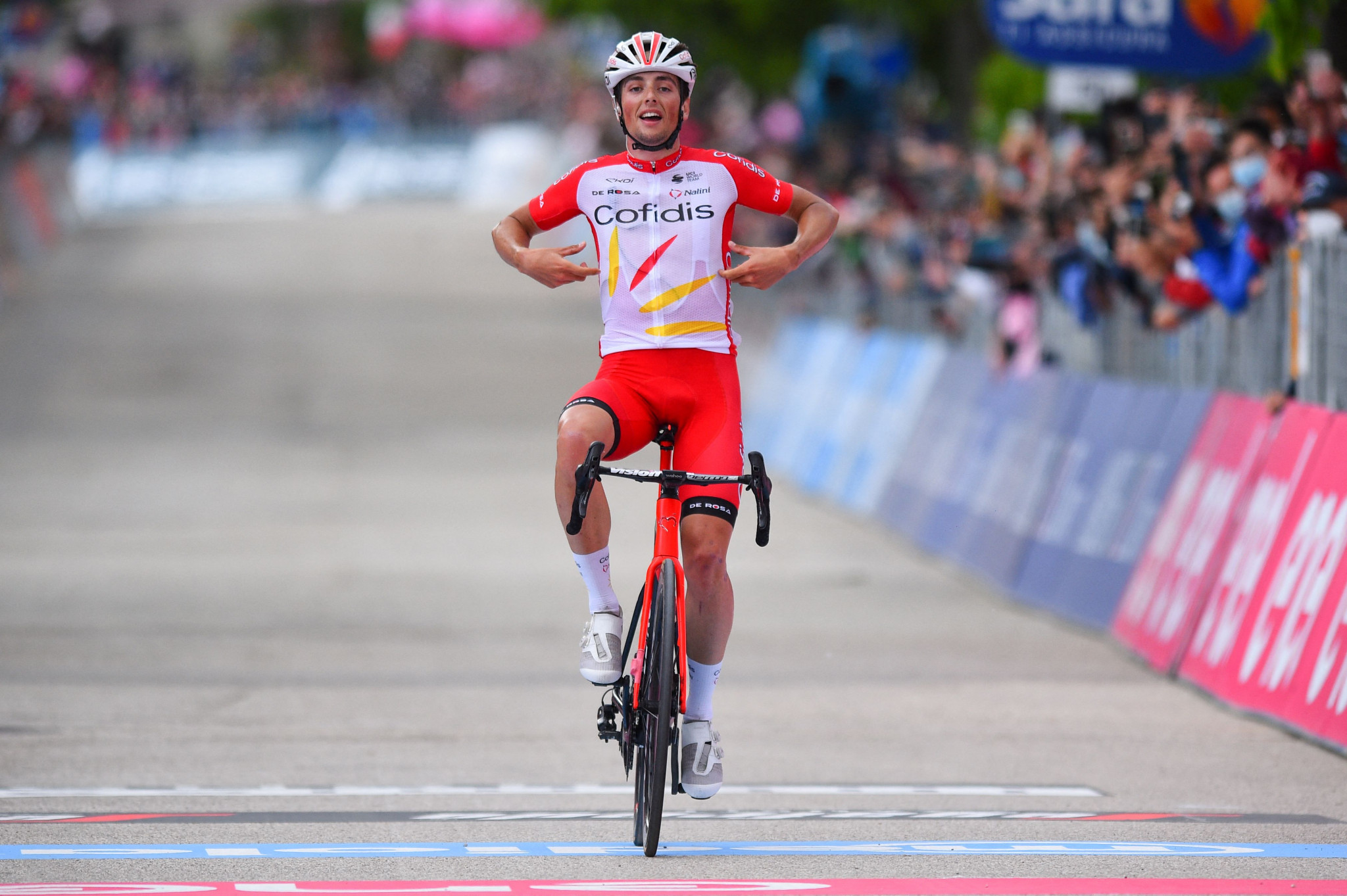 Lafay wins eighth stage of Giro d'Italia from breakaway