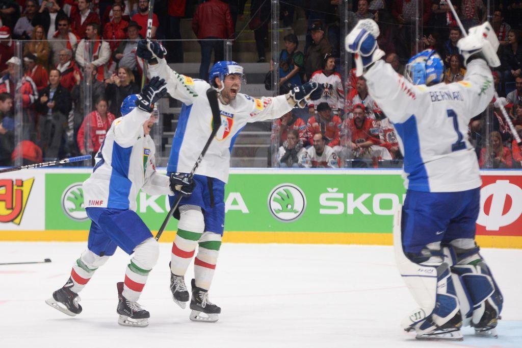L'Italia ha inviato una squadra giovane e impoverita al Campionato del Mondo IIHF a Riga dopo aver registrato 15 casi COVID-19 positivi nel pre-torneo © Getty Images