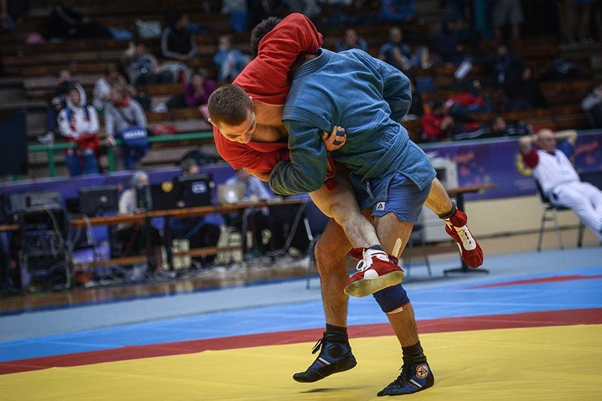 Russia take gold medal hat-trick as European Sambo Championship opens