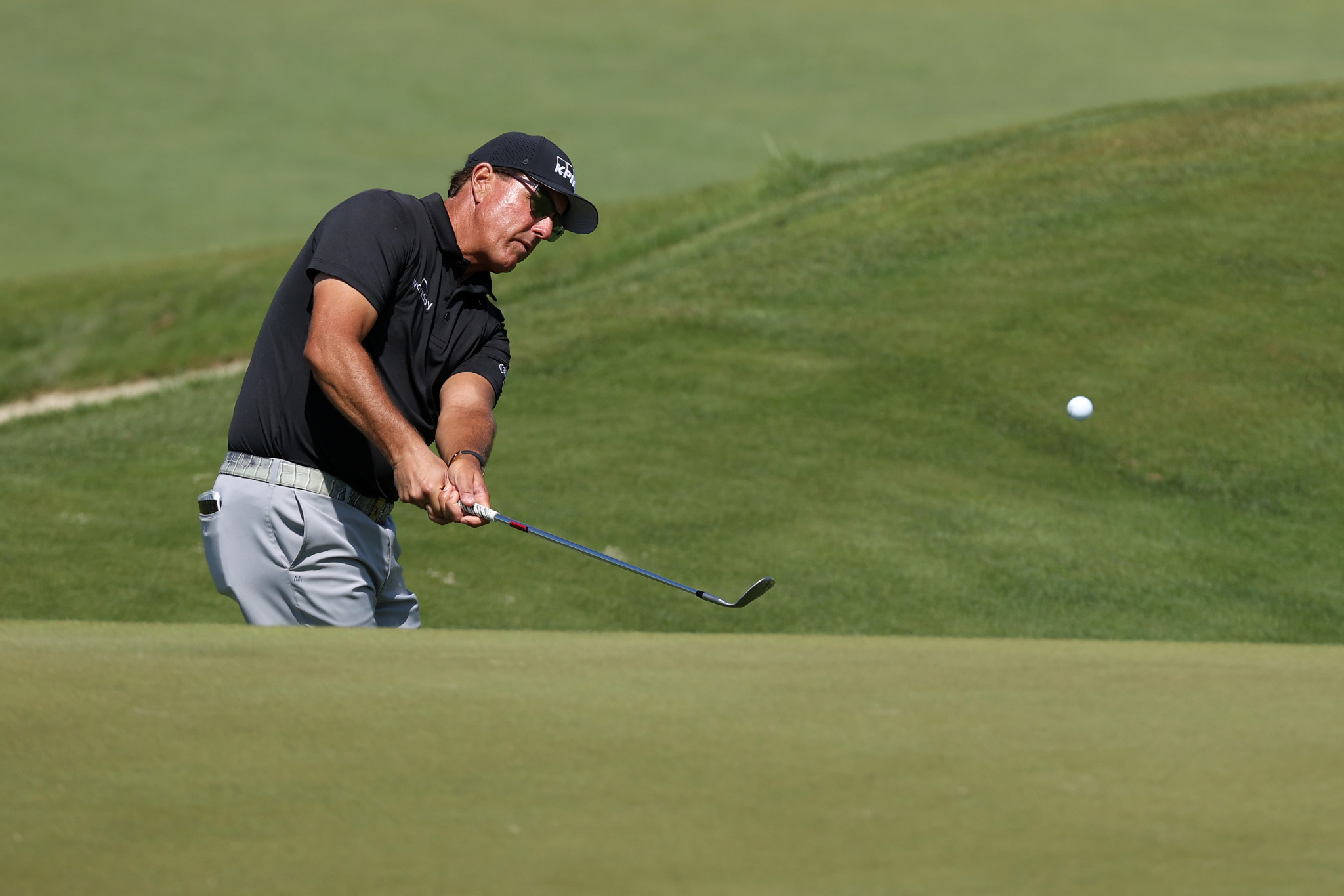 Mickelson and Oosthuizen share 36-hole lead at PGA Championship