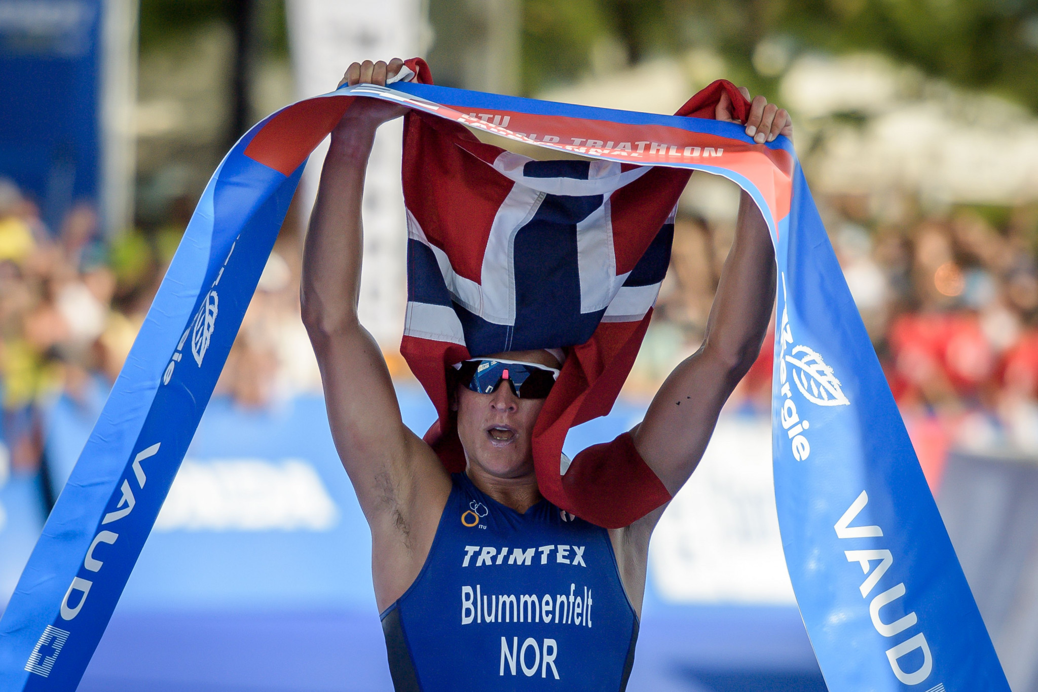 In-form Blummenfelt powers to victory at World Triathlon Cup in Lisbon