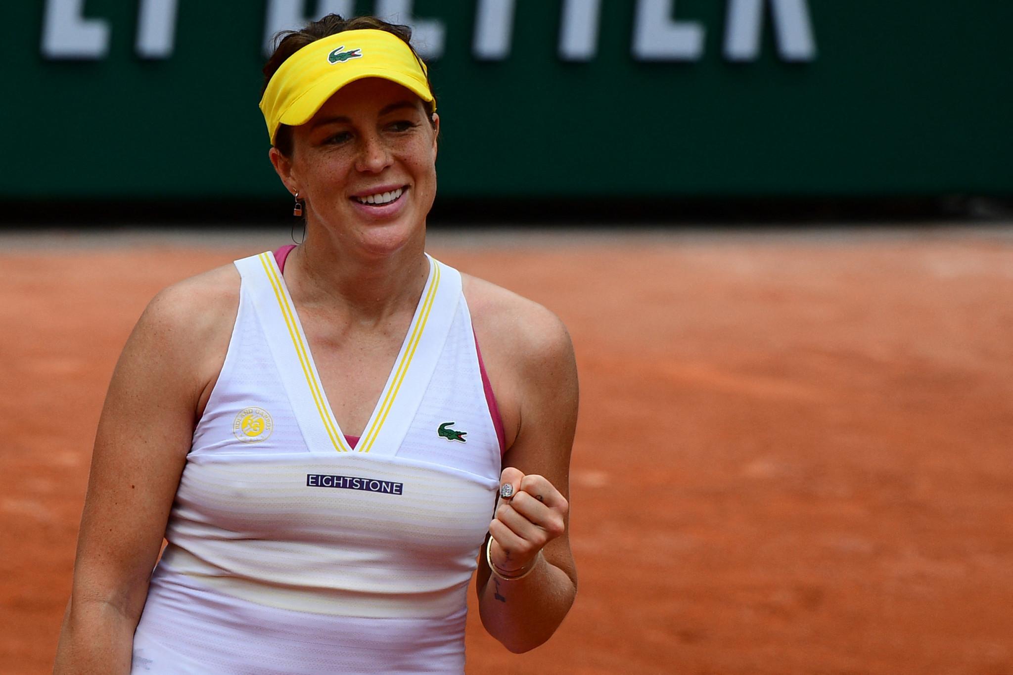 Anastasia Pavlyuchenkova celebrates after knocking out Aryna Sabalenka ©Getty Images