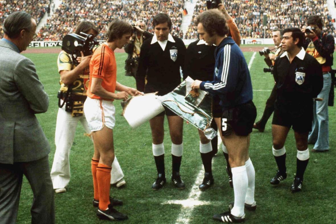 The 1974 FIFA World Cup final between West Germany and The Netherlands was the highlight of Jack Taylor's 33-year refereeing career ©Getty Images