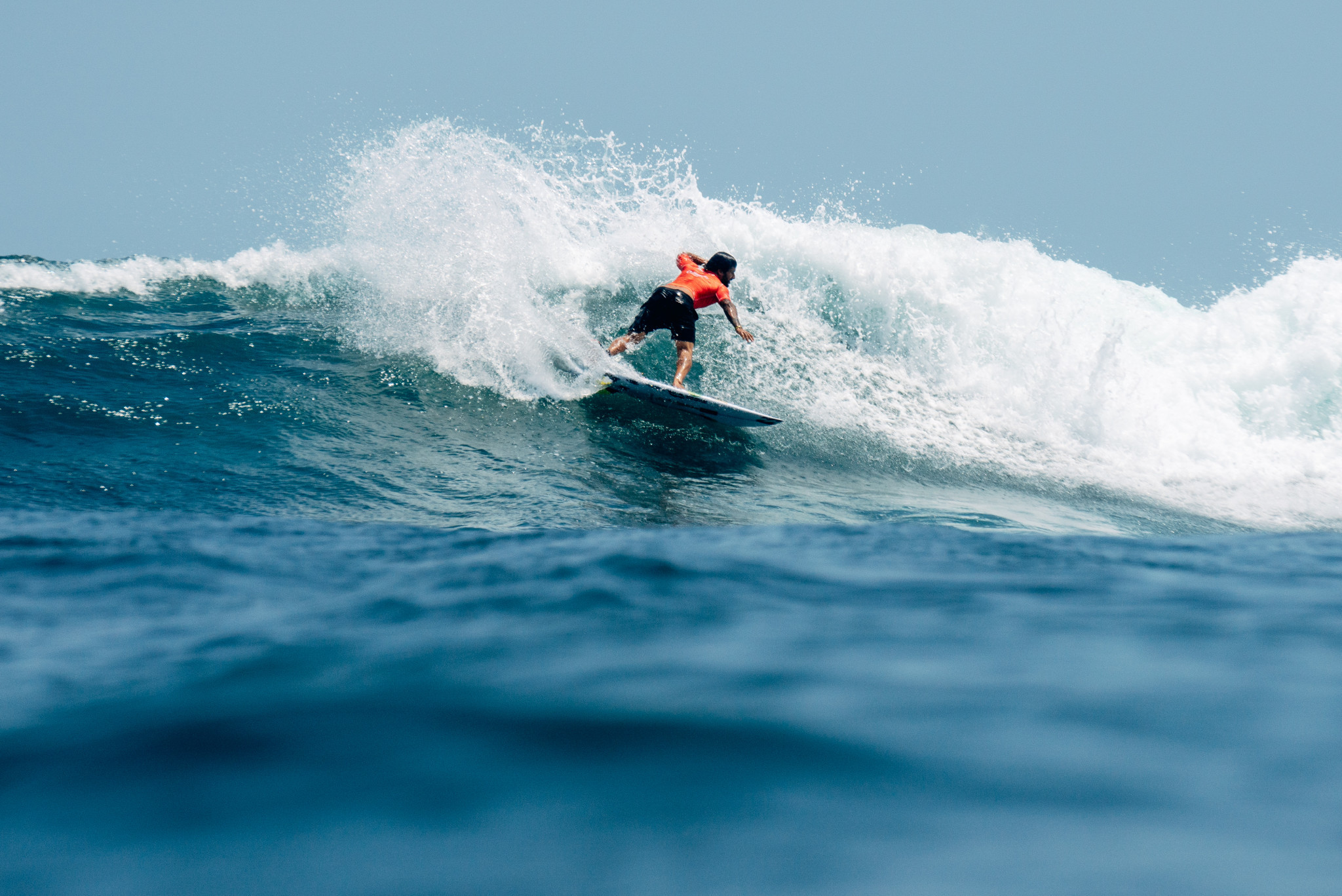 El actual campeón masculino Italo Ferreira formó parte de la delegación brasileña que se retiró de los World Surfing Games © ISA / Pablo Jimenez