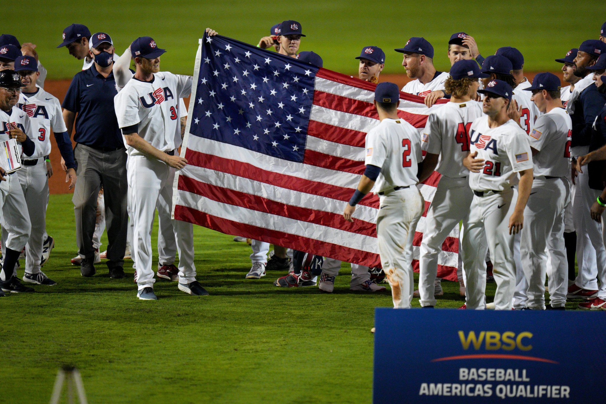 Fans and athletes vaccinated at Americas Olympic baseball qualifier amid no positive COVID-19 cases