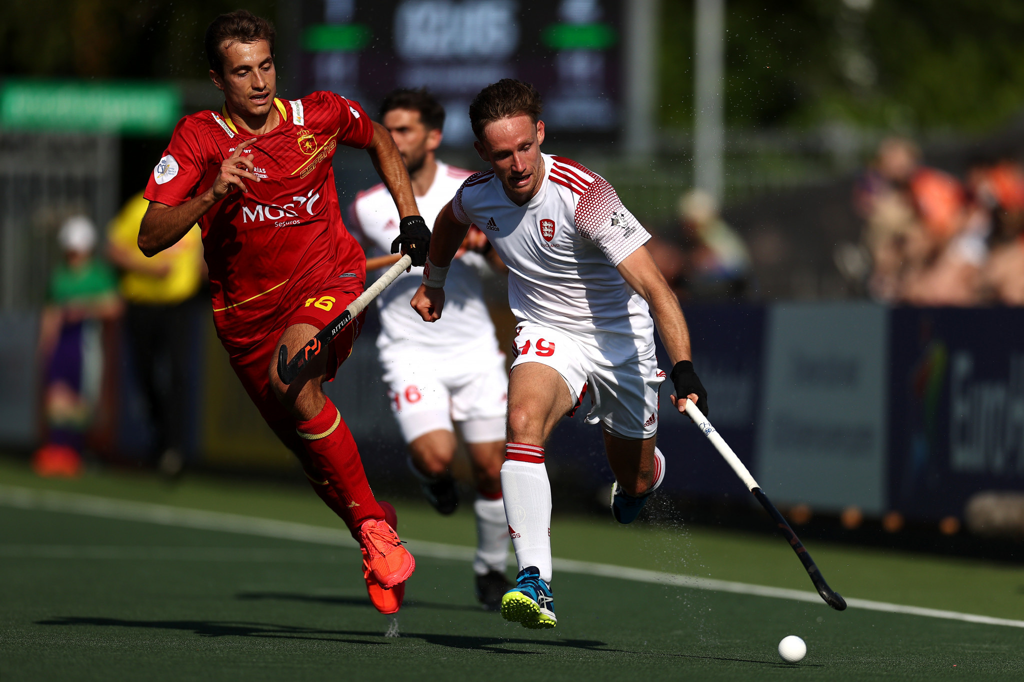 England and The Netherlands top pools as goals fly in at men's EuroHockey Championship