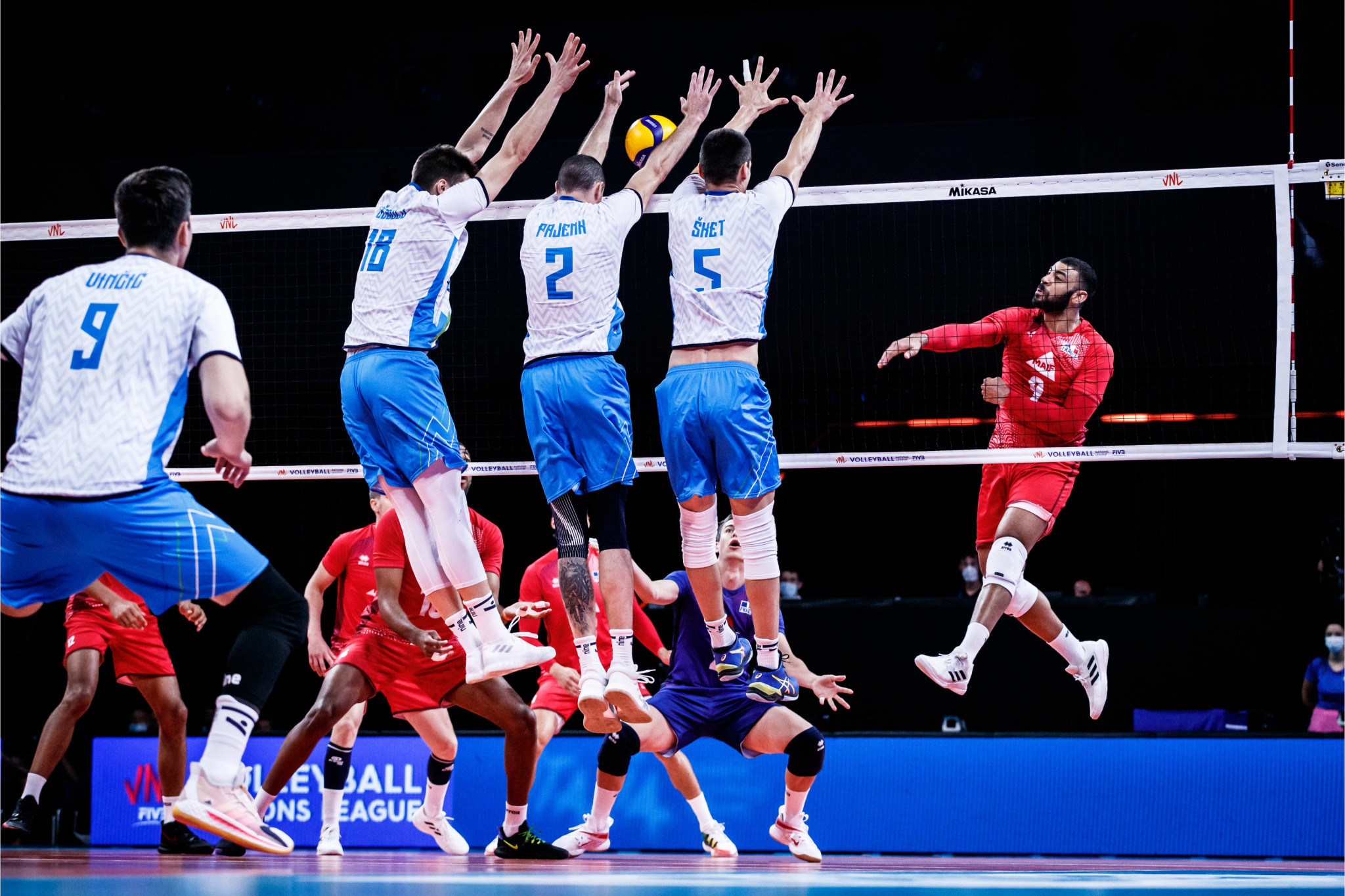 Three Argentina players banned for COVID-19 rule breaches at Volleyball Nations League