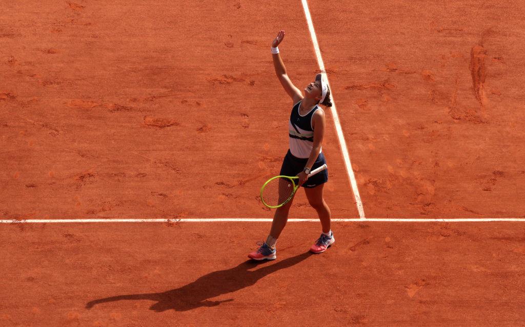 Krejčíková wins battle of Grand Slam singles final debutants at French Open