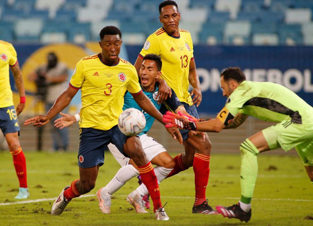 A Colômbia venceu o Equador em mais uma partida do Grupo P © Getty Images