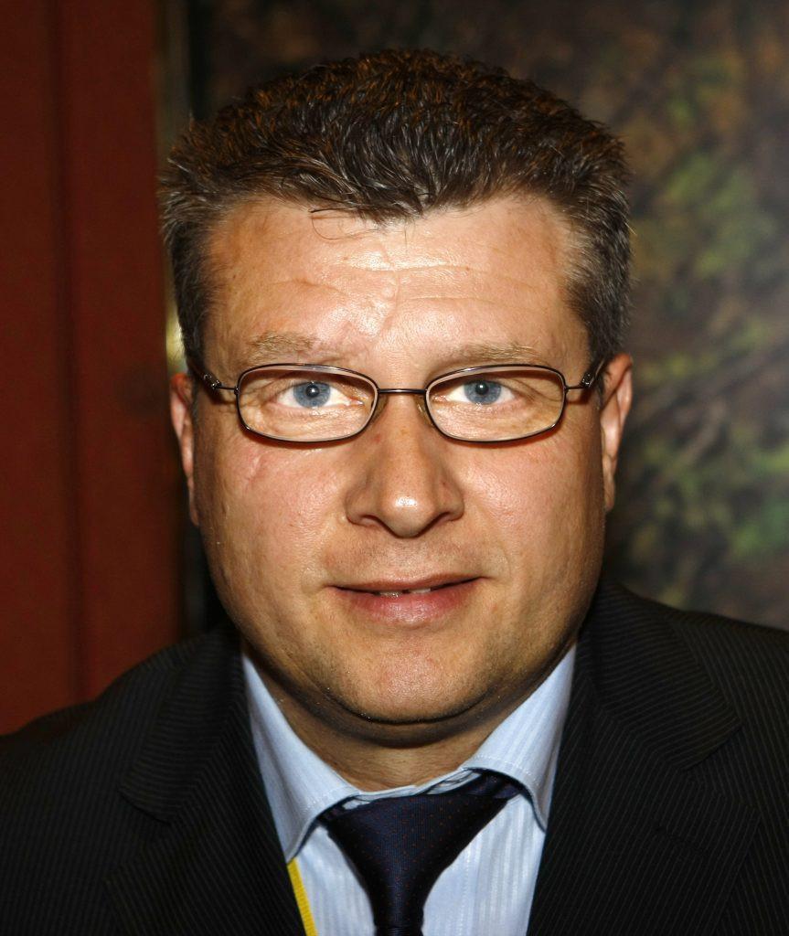 Președintele Federației Române de Haltere, Nicu Vlad, a fost demis în funcția de delegat tehnic comun pentru Tokyo 2020 © IWF