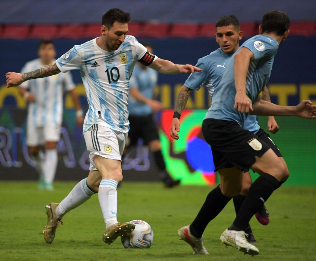 Argentina beat Uruguay to move to top of group at Copa América
