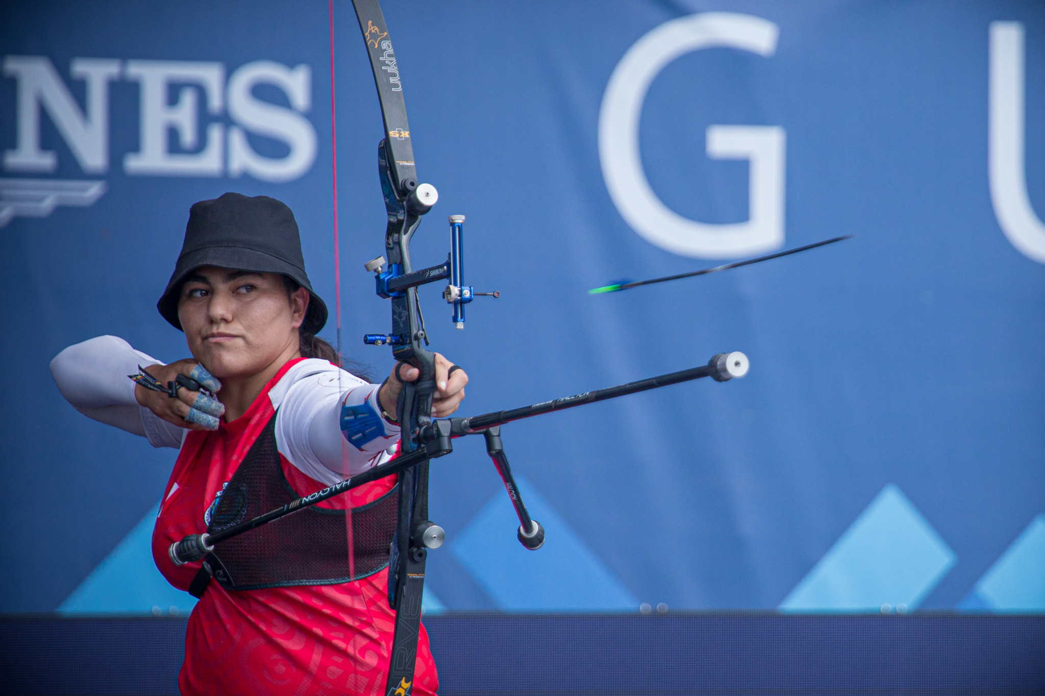 Valencia and Wieser top recurve qualification at Archery World Cup in Paris