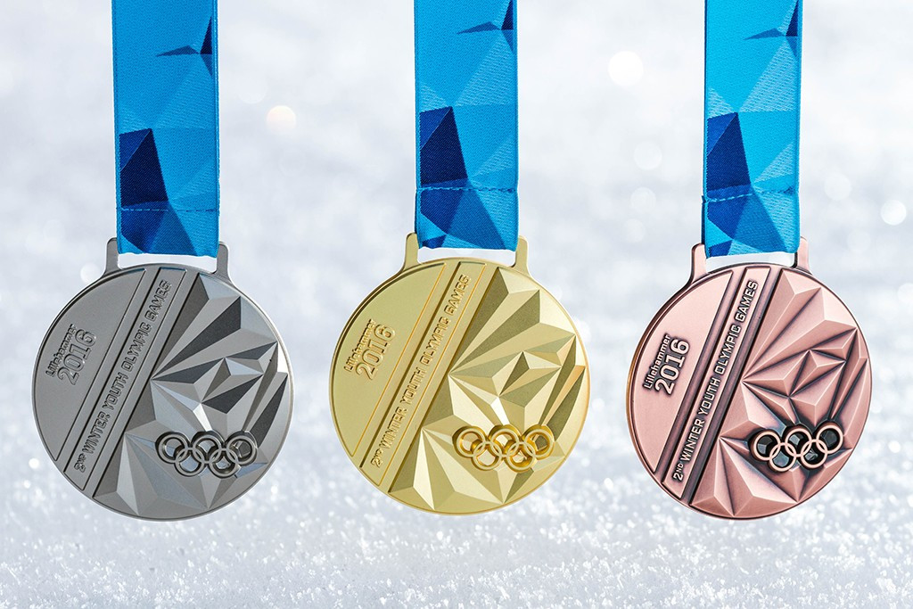 Winter Youth Olympic medals unveiled by Lillehammer 2016