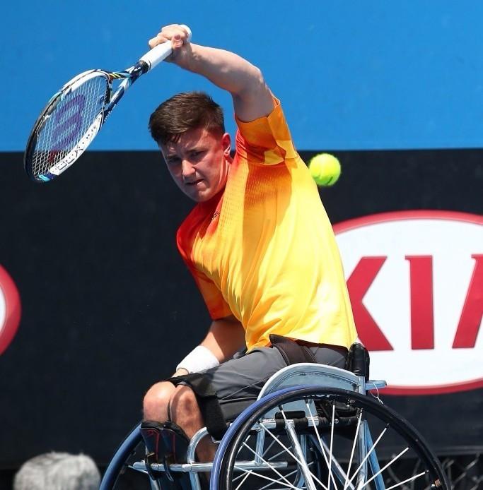 Reid reaches maiden Australian Open final after winning gruelling tie with Fernandez
