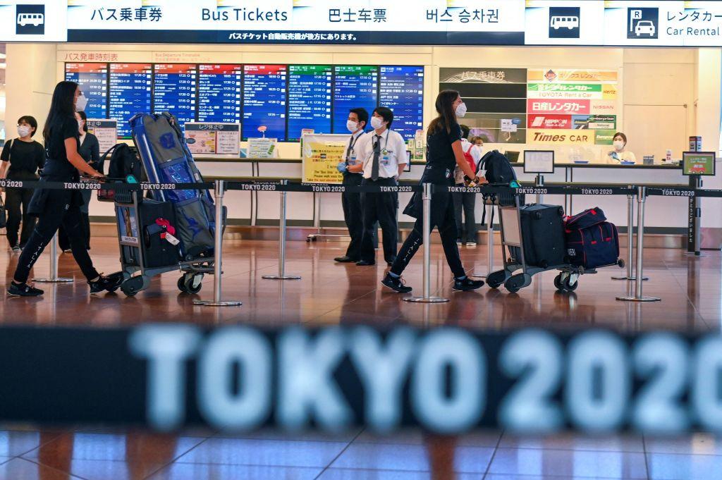 Los atletas han comenzado a llegar a Tokio para participar en los Juegos Olímpicos pospuestos © Getty Images