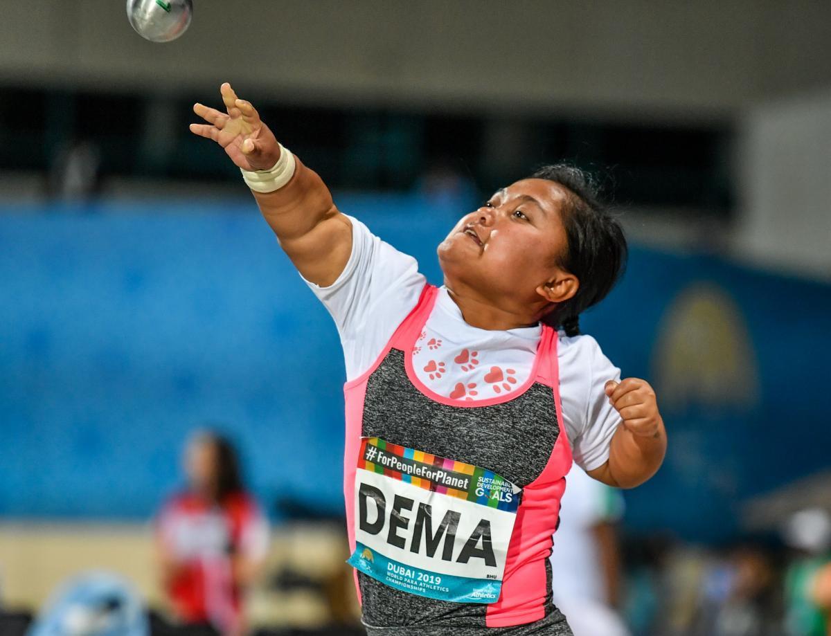 Chimi Dema akan bertanding di nomor F40 putri saat Bhutan melakukan debut Paralimpiade di Tokyo bulan depan © IPC